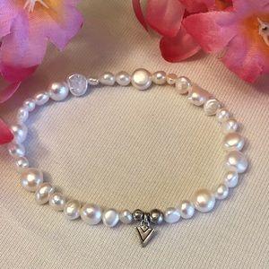 Silpada Freshwater Pearl Stretch Bracelet w/Logo